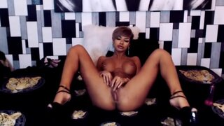 ScarlettDice – Beauty Princess Playing With Her Vagina